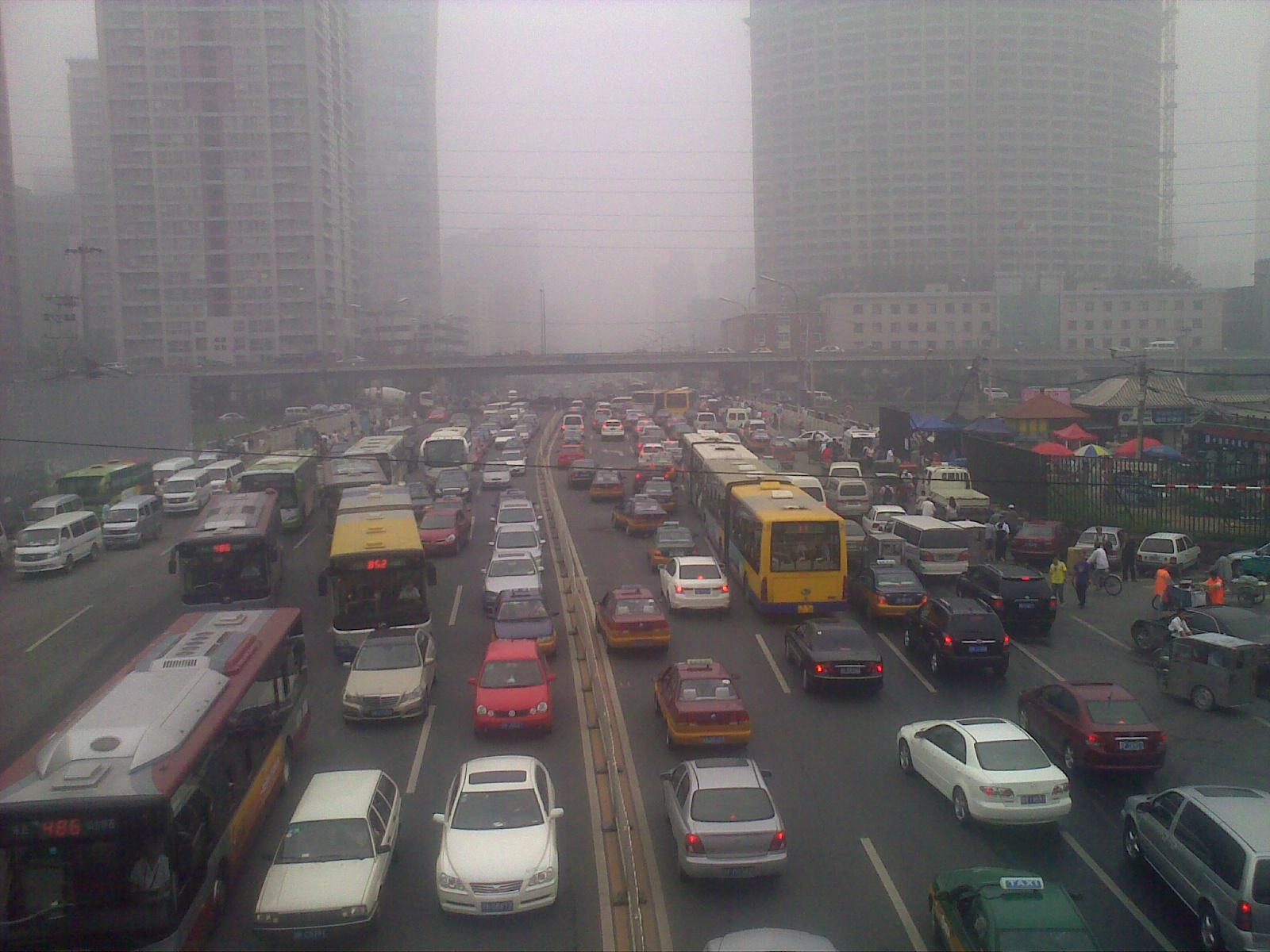 Controlling Air Pollution from Motor Vehicles